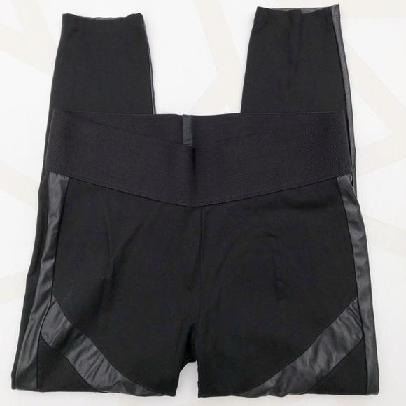 bd42de8f107b Nygard Slims Faux Leather Accent Leggings Black XL.  M_5b7459422aa96a6f41f76134